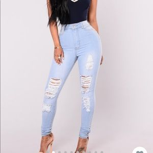 FN Light Wash High Waisted Jeans